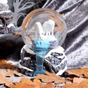 Warriors of Winter Snowglobe (LP) 14.5cm