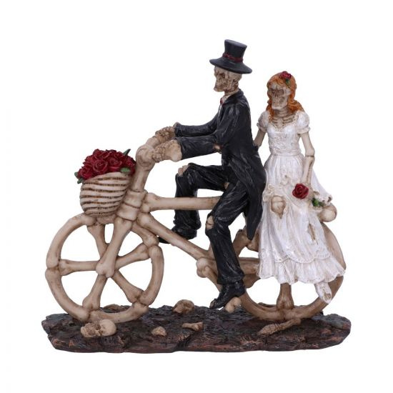 Hitch a Ride 14.5cm Skeletons New in Stock Value Range